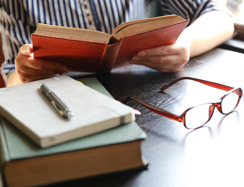 How Textbook Authors Can Embrace the Digital Publishing Revolution